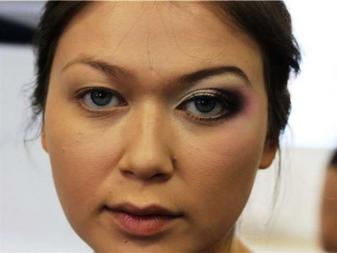 Макияж глаз с опущенными веками 50 лет