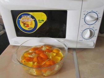 Как почистить микроволновку? Чем быстро и эффективно отмыть от жира внутри, как помыть за 5 минут в домашних условиях