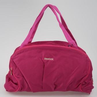 0a0f0a74f604 Среди ассортимента бренда Рибок, можно найти и стильные рюкзаки, и  вместительные сумки и даже дорожные аксессуары.