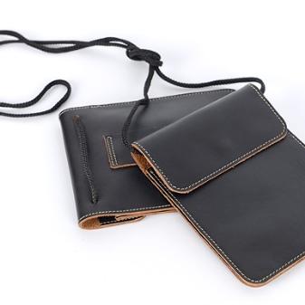 aff759ff8f48 на руку – удобные, классические сумочки, которые пользуются спросом среди  мужчин и женщин. Основной упор при выборе делайте на практичность и комфорт  ...