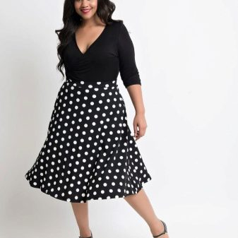 9b66277c299 Для дам с пышными формами платье в горошек – прекрасный способ подчеркнуть  свою привлекательность. При правильно подобранном фасоне и цвете платье в  горошек ...