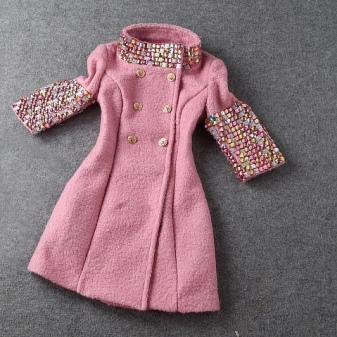 Украсить пальто вышивкой