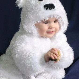 Вязаные детские костюмы (48 фото): для новорожденных малышей, до 6 месяцев и для детей до года, для девочки и мальчика