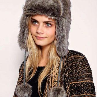 Шапки 2018-2019 (84 фото): стильные для девушек с красивыми аксессуарами, новинки и тренды сезона, брендовые шапки