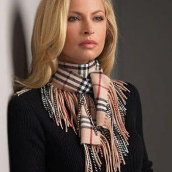 Шарф из кашемира (66 фото): кашемировый шарф из Монголия и Шотландия, как выбрать 100 % кашемировый шарф, красный