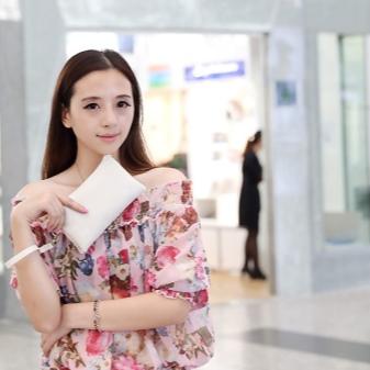 Большие женские кошельки: надежные модели с отделением для документов