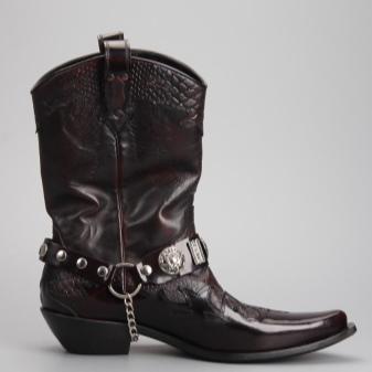 Ботинки-казаки: мужские и женские, зимние модели