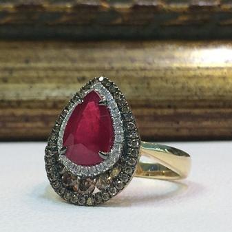 Перстень с рубином: женские золотые и серебряные модели
