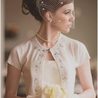 Винтажные серьги (49 фото): старинные сережки в стиле винтаж