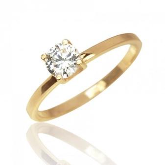 Особую элегантность в образ внесут золотые кольца с белым жемчугом. Такие  украшения подойдут женщинам любого возраста. 363a1c0fae2d8