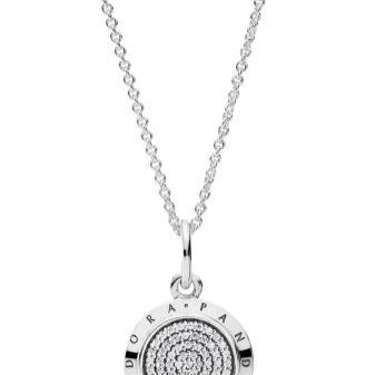Цепочка на шею Рandora (29 фото): защитные серебряные и золотые украшения
