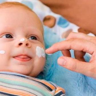 Детский увлажняющий крем: легкие средства для кожи детей, хороший вариант для ребенка, отзывы о Kinder, Тип-топ и других