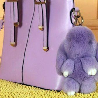 Брелок в виде кролика (118 фото): заяц из натурального меха на сумку, пушистый меховой зайчик, как выбрать и как ухаживать