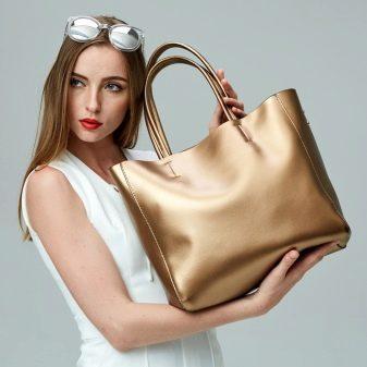 Как почистить кожаную сумку - наиболее эффективные способы: чем оттереть светлую сумку из натуральной кожи в домашних условиях, как помыть белый кожзам