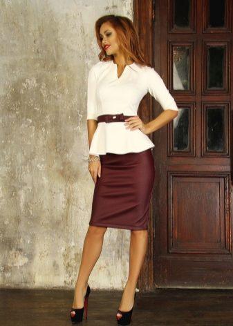 Нарядные блузки под юбку