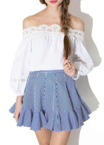Блузка с открытыми плечами составит замечательные комплект с шортами 68e4b77024358