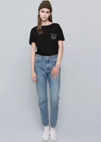 c0fbb85e4969 Модель джинсов клёш с завышенной талией имеет свои особенности и свойства в  соответствии с разными типами фигуры. Она не подойдет девушкам низкого  роста, ...