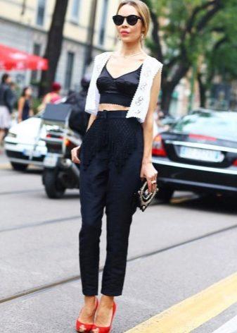 Шелковые майки (62 фото): с чем носить, какая модель лучше, почему стоит выбрать из шелка