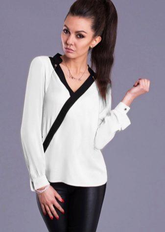 Блузы классического кроя очень простые, приталенные, со строгим воротником  и длинным рукавом. Они отличаются минимумом декора – кармашки, ... f9002ac26a3