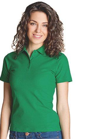 539c7443 Minimalistisk og ekstravagant ser jenta selv i en giftig grønn  monokromatisk T-skjorte. Finn riktig farge for din type utseende.