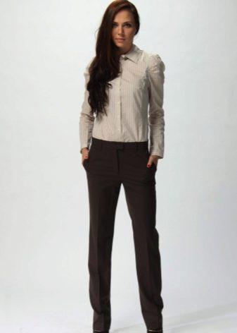 Многие считают такие брюки подходящими только для офисных луков b2f29e0f7ac46