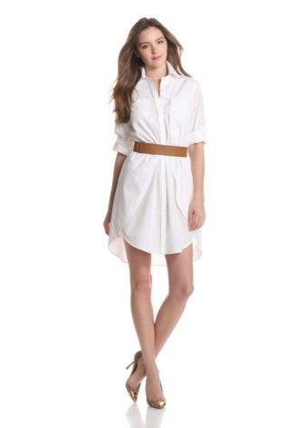 1fec2f9bc3d1920 Являясь сторонницей одежды свободного кроя и избегая узких корсетов в  создании своих моделей, она разработала первое платье-рубашку похожим на  удлиненную до ...