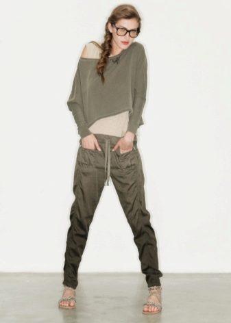 Женские брюки в стиле милитари (43 фото): с чем носить, зауженные, с карманами по бокам, модные образы 2018
