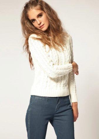 a031f8321e0c Pullover z této barvy je mimořádně populární mezi fashionistas