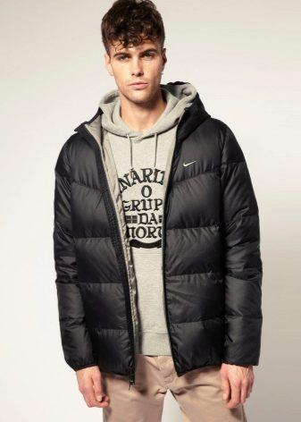 a68d15b32bab Легкие мужские пуховики – это отличный вариант зимней одежды, который  подходит под климатические условия нашей страны. Выбирайте короткий пуховик  для ...