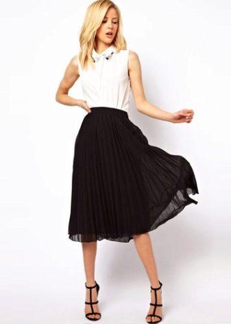 Летняя темная юбка