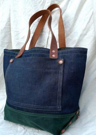 010203c35694 Существует множество разнообразных моделей джинсовых сумок. Все зависит от  вашей фантазии и вашего вкуса. Рассмотрим некоторые модели поближе.