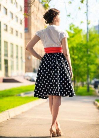 Модели юбки в горошек