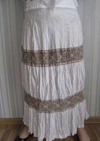 Вышивка на полотенце петух