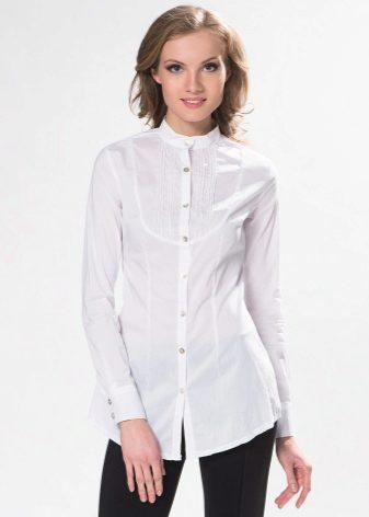 dda2b63810c4f96 Приталенная модель рубашки подчёркивает женственность силуэта и может  использоваться в качестве спортивной рубашки для повседневной жизни.