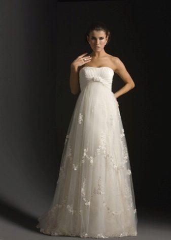 18bb8c9e65346b2 Платья для беременных невест создаются с учетом особенностей этого положения,  поэтому в таком наряде вы точно будете чувствовать себя комфортно.