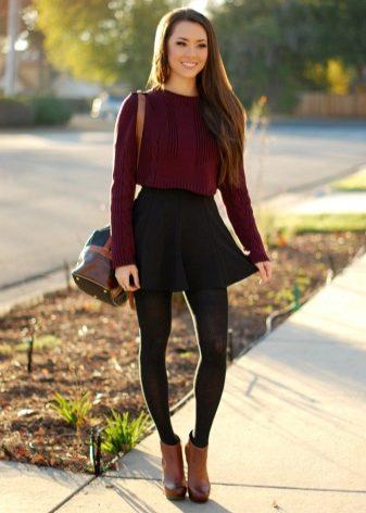 Юбка с большим свитером