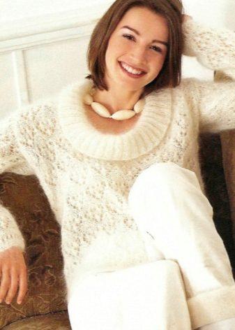 ажурный свитер из мохера спицами