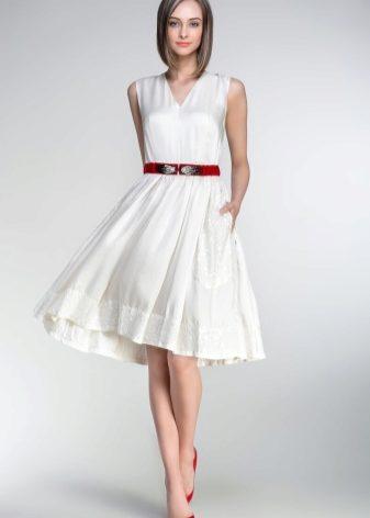 Платье в несколько ярусов