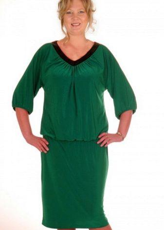 Платье из зеленой шотландки