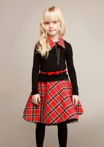 Ткань для юбки в школу