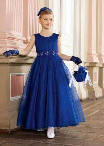 Дети с 13 лет хотят выглядеть взрослее и уделяют внимание крою платья. Их  может привлечь ассиметричный лиф или подол платья e3fa7c1b990c7