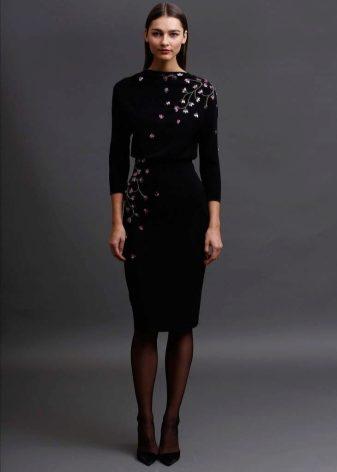 2e19c2b50c4 Boss выполнили прямое платье со стандартным деловым принтом «гусиная  лапка»