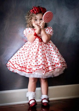 6e34ca7501f Платье с фатиновой юбкой-пачкой – настоящая находка для торжественного  случая. Умеренной длины