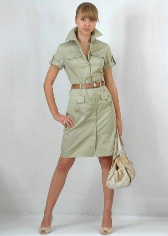 c839122c647dba2 Платье-рубашка в стиле «сафари», благодаря накладным карманам, добавит  объема области бедер. Это прибавит гармоничности и сбалансированности  мальчишескому ...