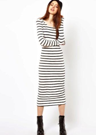 Платье-тельняшка 2018 (61 фото): длинное, с чем носить, в полоску