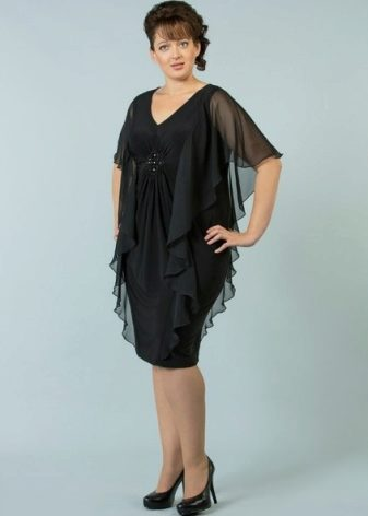 Платья трикотажные больших размеров (64 фото): для полных женщин