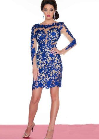 Бело-синее гипюровое платье