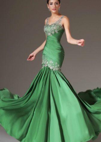 270e670cb3f Среди моделей можно встретить однотонные свадебные платья салатового и  приглушенного зеленого оттенков