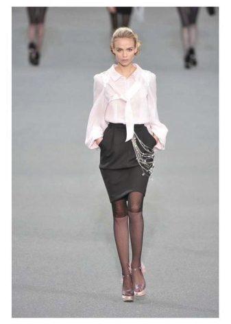 Блузки к юбкам тюльпанами