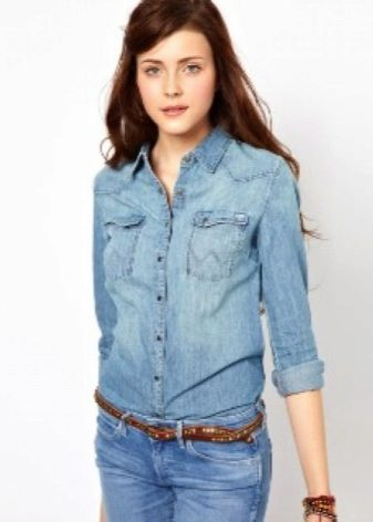 553acb144ce Поэтому джинсовая рубашка — это обязательный must have современной леди.